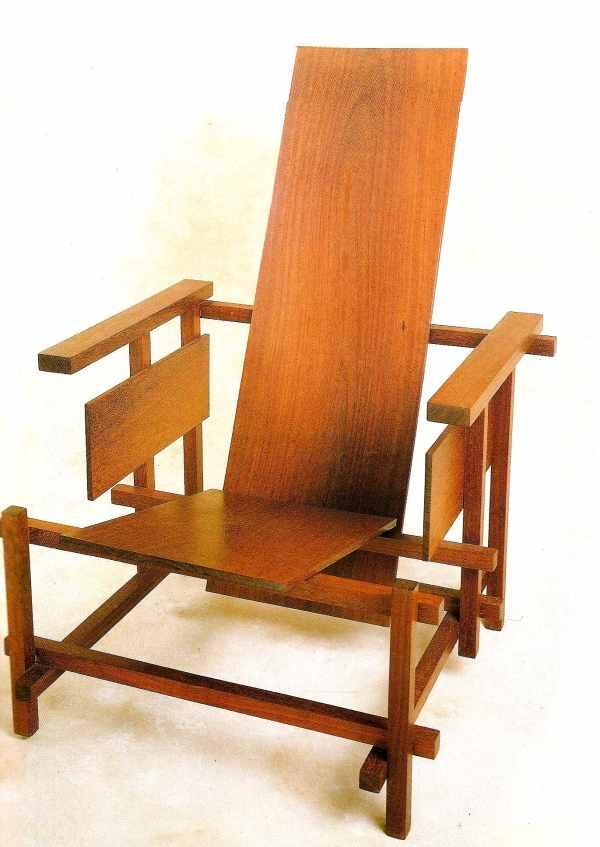Prototype de la chaise rouge et bleue de gerrit rietveld - La chaise rouge et bleue ...
