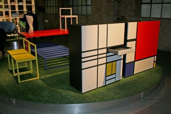 rangements hommage mondrian chez cappellini succ s design fashion. Black Bedroom Furniture Sets. Home Design Ideas